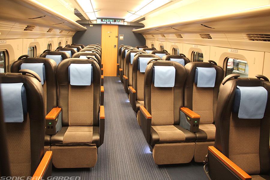 新幹線 グリーン 車 座席